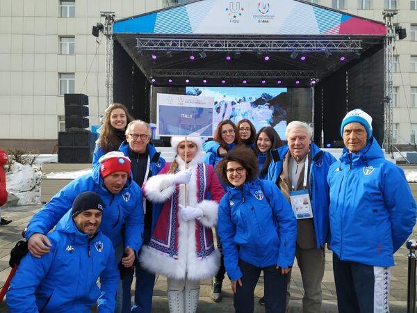 La nazionale italiana di curling al villaggio delle Universiadi di Krasnoyarsk 2019 - Sputnik Italia