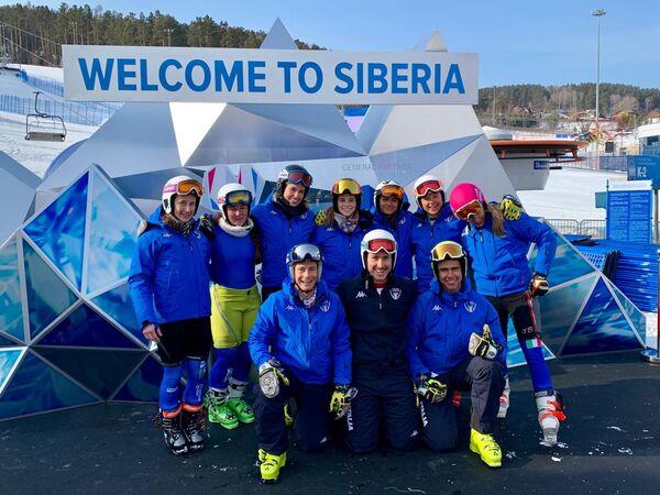 La nazionale italiana di sci alpino alle Universiadi Invernali di Krasnoyarsk 2019 - Sputnik Italia