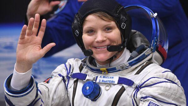 Американская астронавтка НАСА Энн МакКлейн - Sputnik Italia