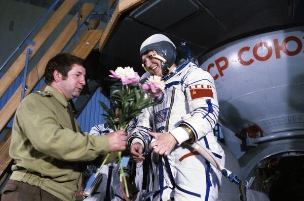 La pilota spaziale, due volte Eroe dell'Unione Sovietica, Svetlana Savitskaya. - Sputnik Italia