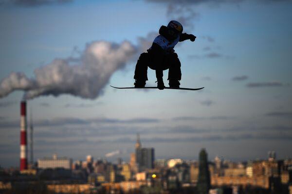 Mark Teimurov alla gara di snowboard Grand Prix De Russie 2019 a Mosca. - Sputnik Italia