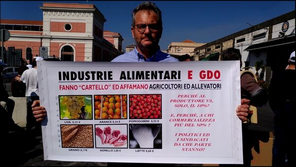 Proteste agricoltori in Sicilia - Sputnik Italia
