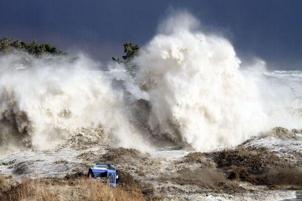 Tsunami nella prefettura di Fukushima - 11 marzo 2011 - Sputnik Italia