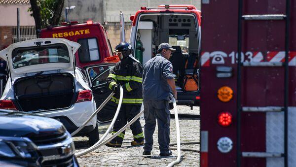 La polizia al luogo della sparatoria in scuola in Brasile - Sputnik Italia