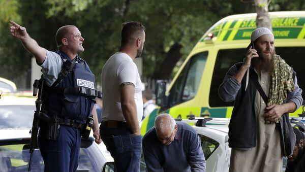 La polizia vista al luogo della sparatoria nella mosche Al Noor a Christchurch, Nuova Zelanda - Sputnik Italia