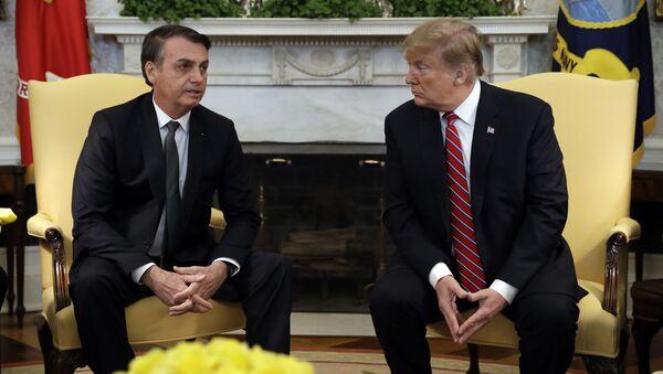 Donald Trump e Jair Bolsonaro nella Casa Bianca - Sputnik Italia
