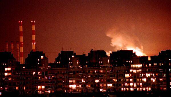 Bombardamento NATO su Belgrado - Sputnik Italia