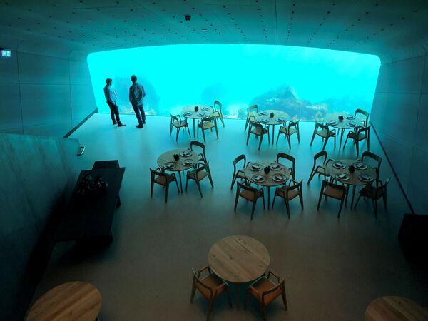 La sala del ristorante Under può ospitare fino a 40 clienti  - Sputnik Italia