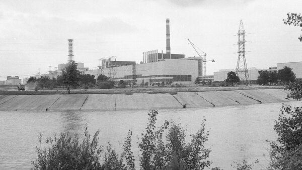 La centrale nucleare di Chernobyl in una foto del 1984 - Sputnik Italia
