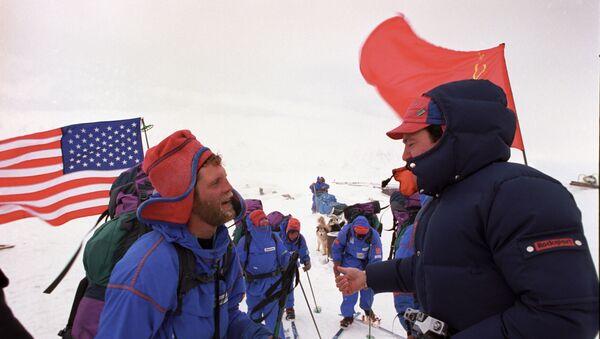 1989 - spedizione congiunta URSS-USA attraverso lo Stretto di Bering - Sputnik Italia