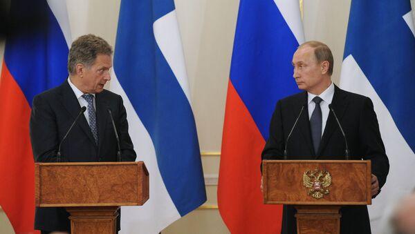 Sauli Niinistö ja Vladimir Putin - Sputnik Italia