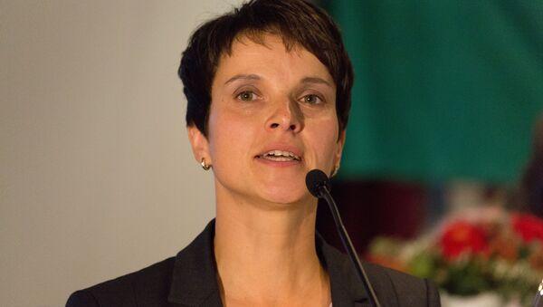 """Frauke Petry, il capo del partito """"Alternativa per la Germania"""" - Sputnik Italia"""