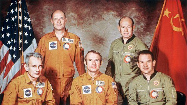 Soyuz-Apollo Soviet-U.S. space crew - Sputnik Italia