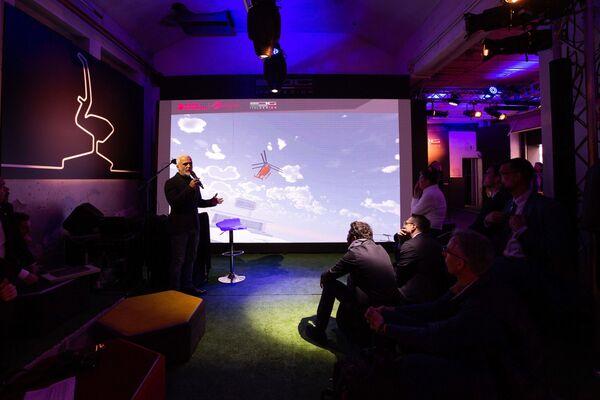 Nicola Guelfo, head Industrial Design di Italodesign, durante la presentazione del VRT 500 - Sputnik Italia