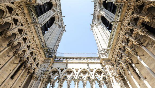 Башни Собора Парижской богоматери - Sputnik Italia