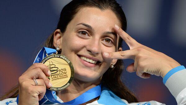 Rossella Fiamingo festeggia l'oro vinto a Mosca - Sputnik Italia