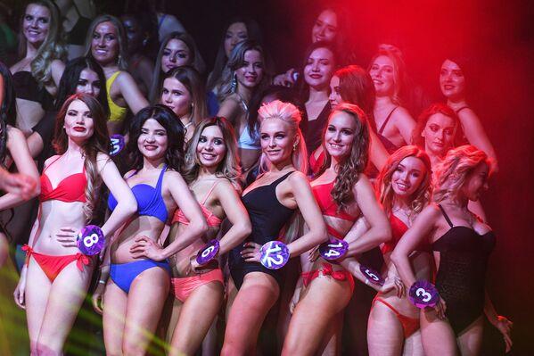 Le partecipanti al concorso Miss International Mini 2019 a Mosca. - Sputnik Italia