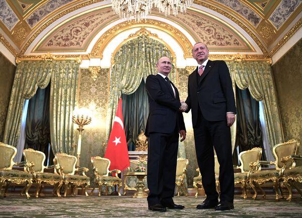 L'incontro tra Vladimir Putin e Recep Tayyip Erdogan. - Sputnik Italia