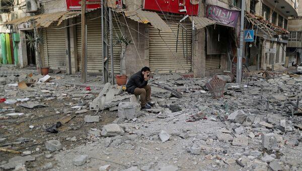 Distruzione a Gaza dopo bombardamenti israeliani  - Sputnik Italia