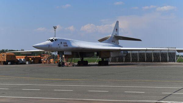 Il bombardiere Tu-22M3M - Sputnik Italia
