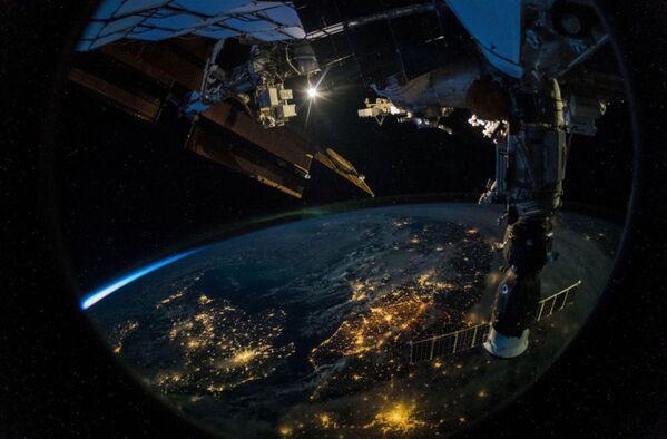 La Terra vista dalla Stazione Spaziale Internazionale . - Sputnik Italia