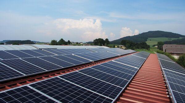 Pannelli a energia solare - Sputnik Italia