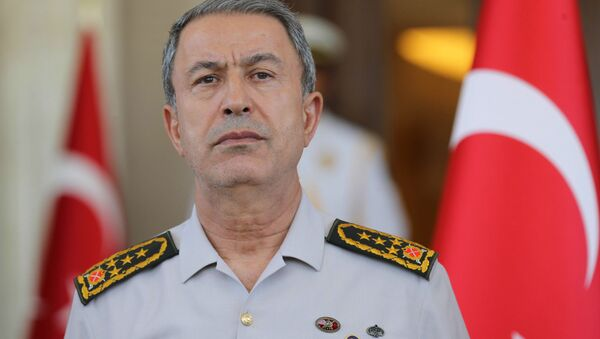 Il ministro della Difesa turco Hulusi Akar - Sputnik Italia