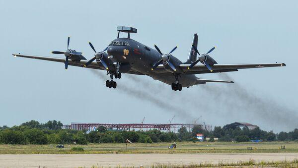 Первый серийный противолодочный самолет Ил-38Н - Sputnik Italia