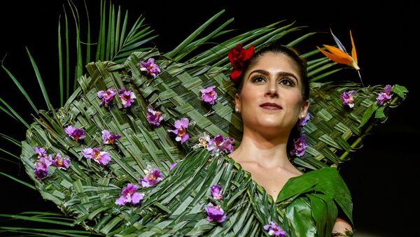 Alla sfilata dello stilista Estefania Russi allo show BioFashion in Colombia - Sputnik Italia