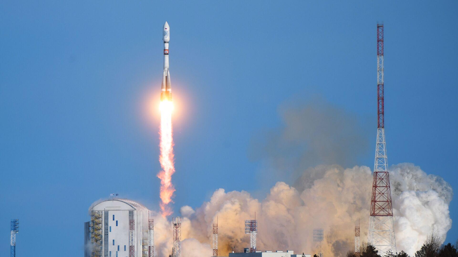 Lancio del razzo Soyuz-2.1а dal cosmodromo  - Sputnik Italia, 1920, 25.03.2021