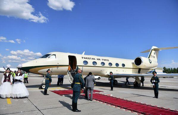 Il primo ministro del Pakistan Imran Khan ha effettuato il viaggio da Islamabad a Bishkek a bordo di un business jet Gulfstream 450 - Sputnik Italia