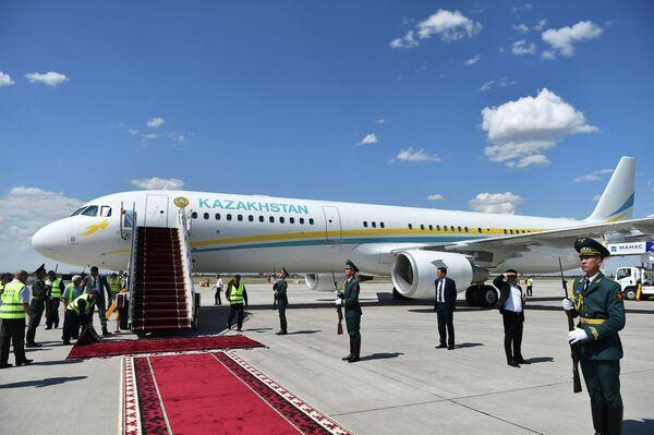 L' Airbus A321-211(CJ) del presidente kazako Kasym-Zhomart Tokaev - Sputnik Italia