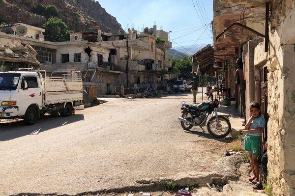 Una strada di Beit Jinn, Siria. - Sputnik Italia