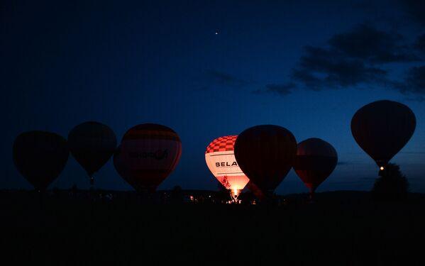 Il 14° Festival di aeronautica Anello d'oro della Russia - Sputnik Italia