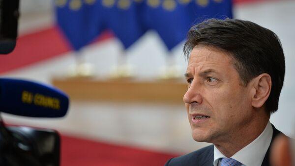 Giuseppe Conte al vertice Ue a Bruxelles - Sputnik Italia