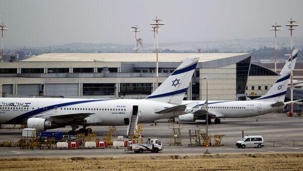 Самолеты израильских авиалиний в международном аэропорту имени Бен-Гуриона, Тель-Авив - Sputnik Italia