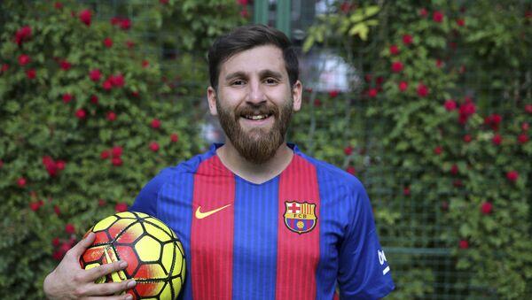 Sosia di Messi, Reza Parastesh - Sputnik Italia