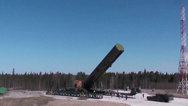Il missile balistico russo Sarmat - Sputnik Italia