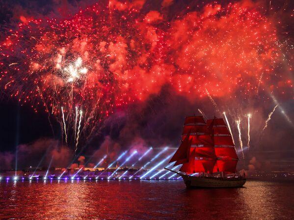 La festa delle vele scarlatte a San Pietroburgo. - Sputnik Italia
