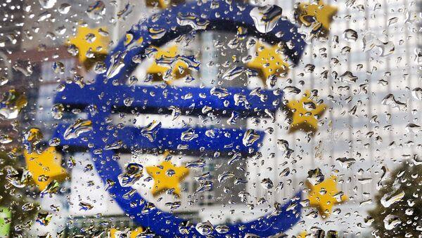 La scultura dell'euro - Sputnik Italia