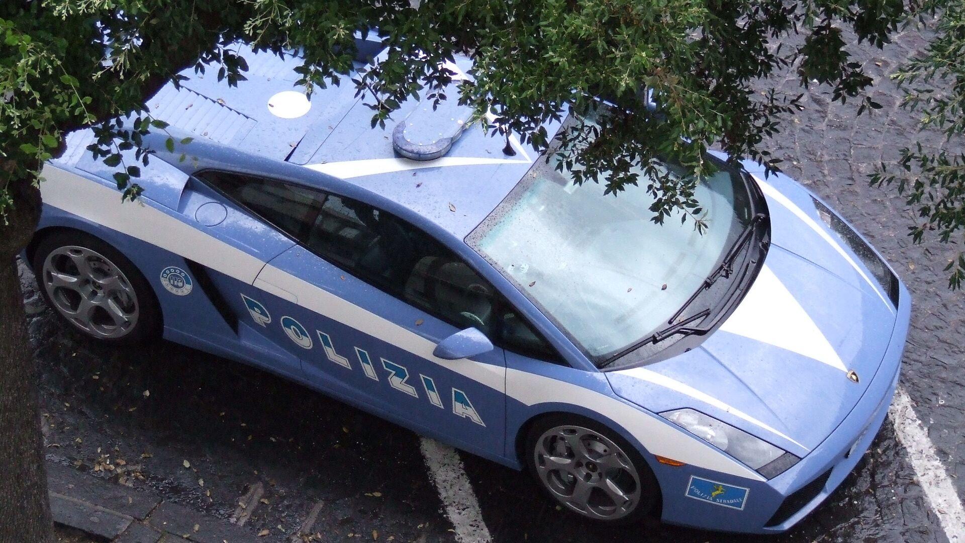 Auto della polizia italiana - Sputnik Italia, 1920, 18.04.2021