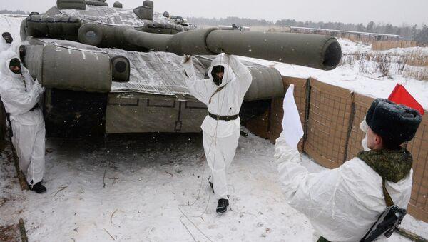 Carro armato dell'esercito russo durante esercitazioni - Sputnik Italia