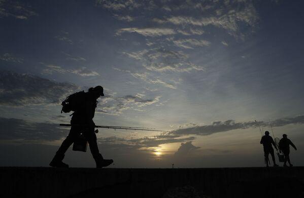 Pescatori a Port Aransas in Texas - Sputnik Italia
