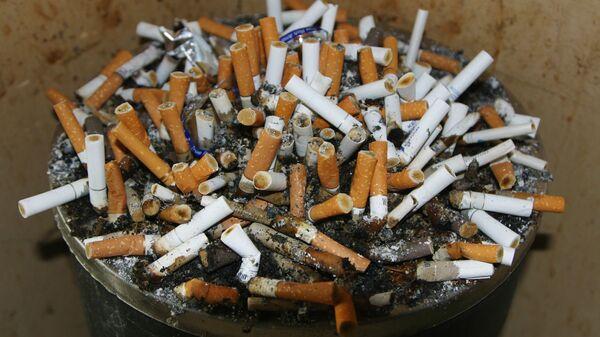 Cicche di sigaretta - Sputnik Italia