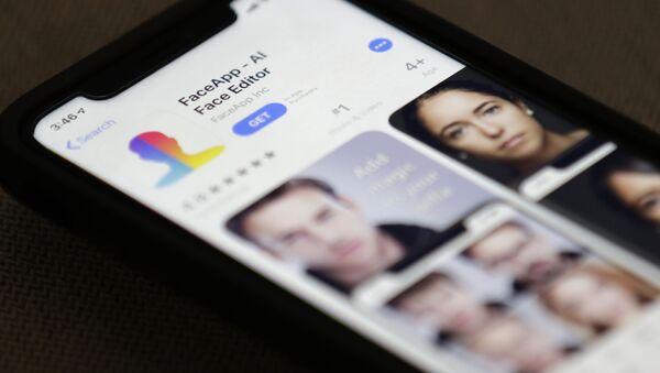 Applicazione russa FaceApp - Sputnik Italia