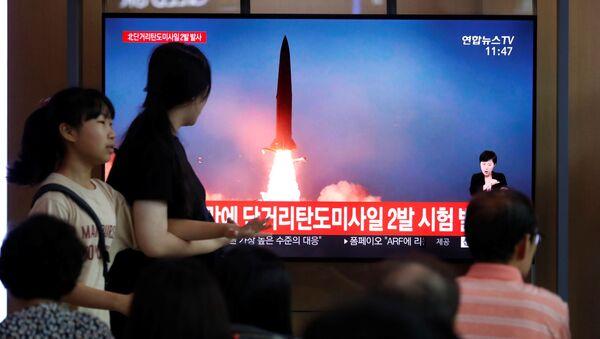 Lanzamiento de misil por Corea del Norte - Sputnik Italia