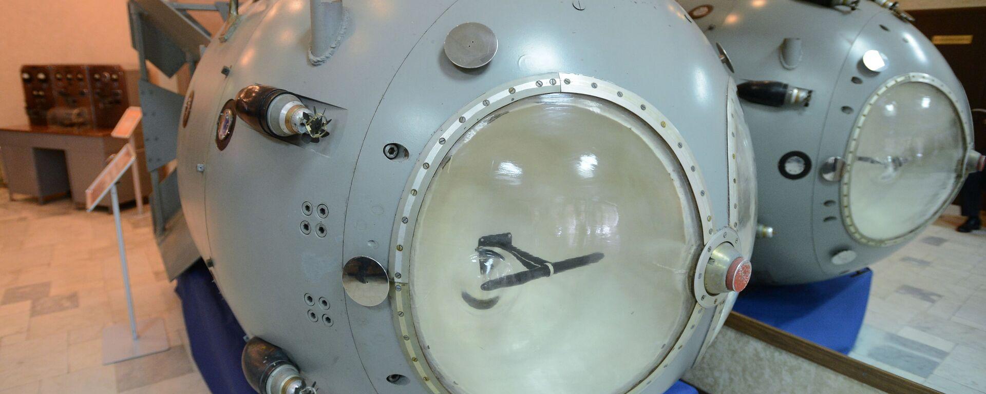 La prima bomba nucleare sovietica RDS-1 nel museo  - Sputnik Italia, 1920, 28.05.2021