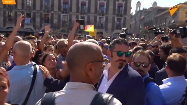 Salvini contestato a Catania, salta il comizio pubblico - Sputnik Italia