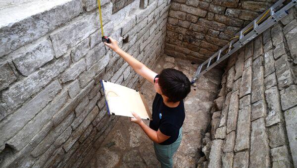 Gli scavi archeologici sul territorio del Cremlino di Mosca - Sputnik Italia