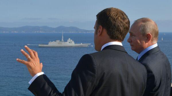 Putin e Macron durante il loro incontro nella residenza di Fort Brégançon - Sputnik Italia